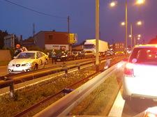 """Potężny karambol na """"jedynce"""" w Częstochowie.  Kierowca tira celowo jechał pod prąd?"""