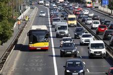 Niezwykłe wyniki badania. Polacy są gotowi zrezygnować z samochodów!